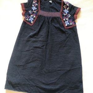 Old navy short sleeve embroidered dress - S